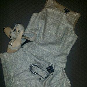Ann Taylor 2 pc skirt set, metallic twead